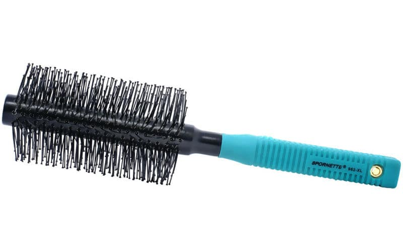 thin blue and black rounder brush with long bristles Spornette Professional Brushes
